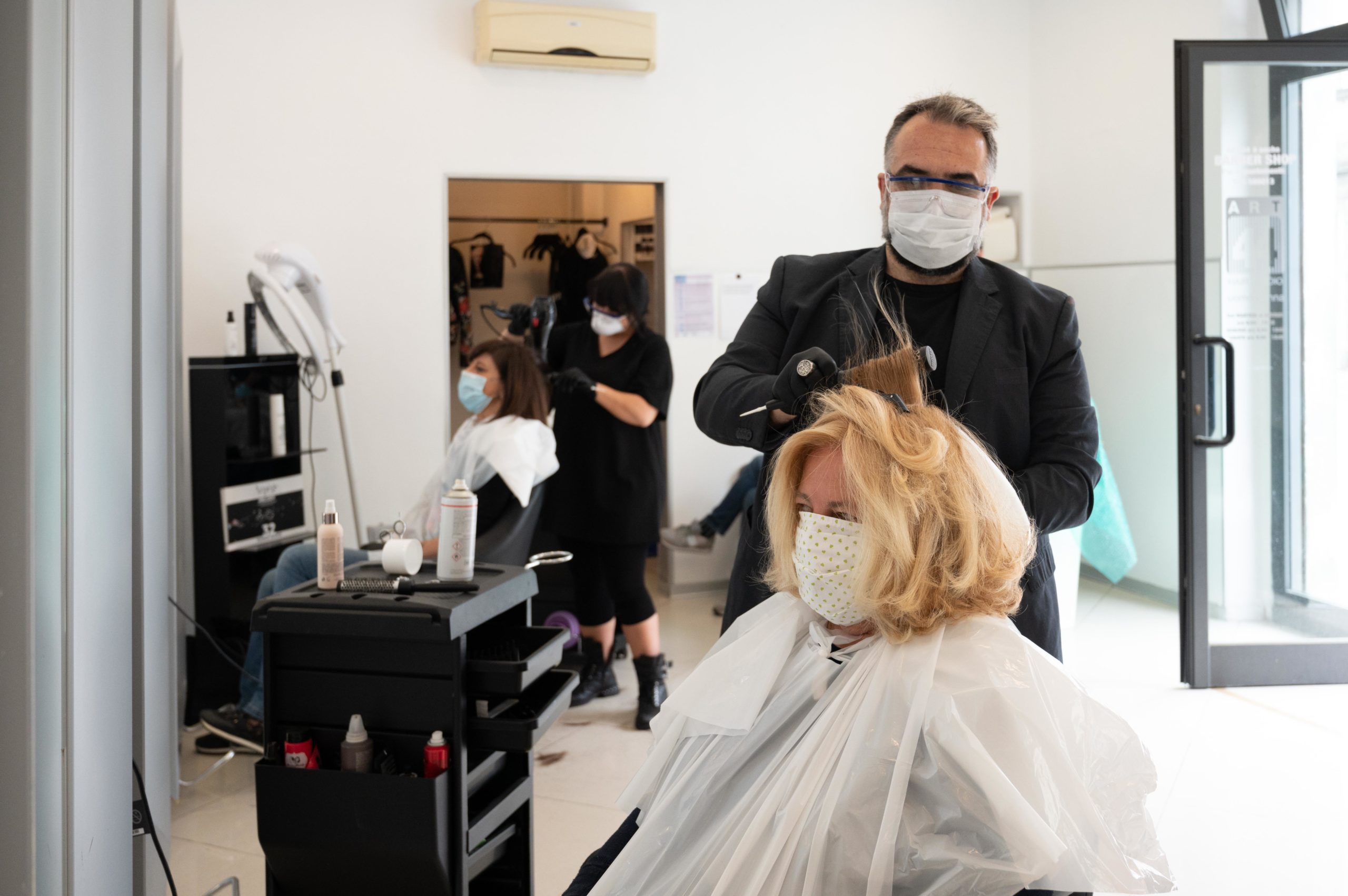 Sono riaperti i parrucchieri