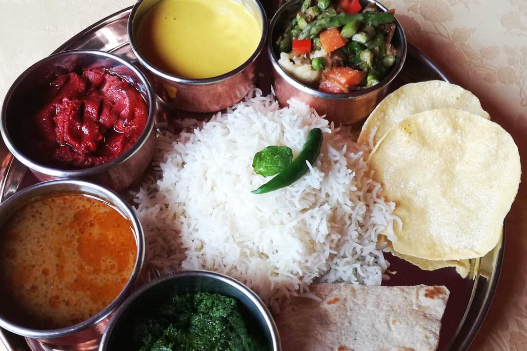 Il ristorante India riapre per l'asporto