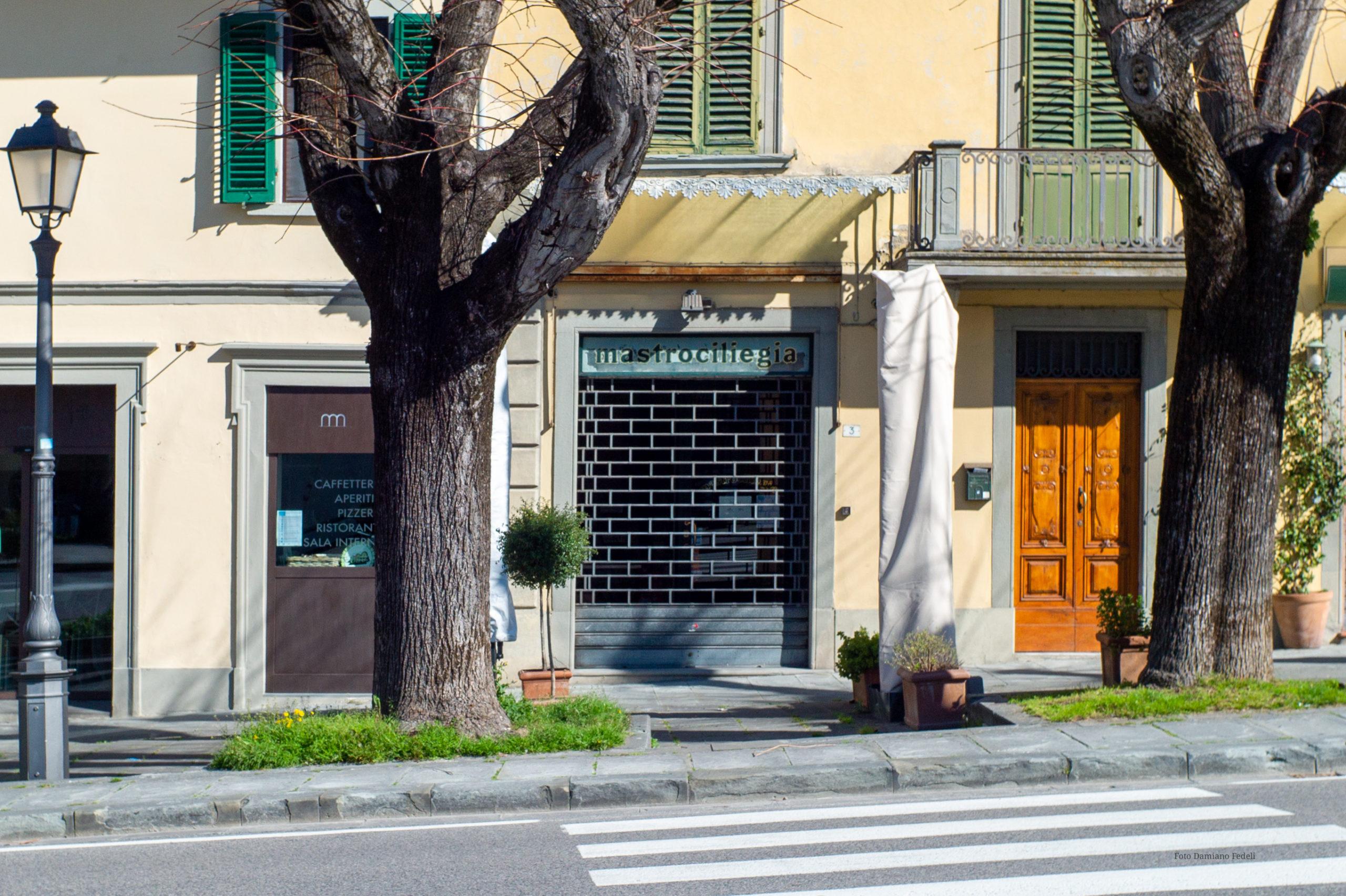Vietati gli spostamenti di comune, bar e ristoranti chiusi (tranne che per l'asporto): la Toscana è zona arancione